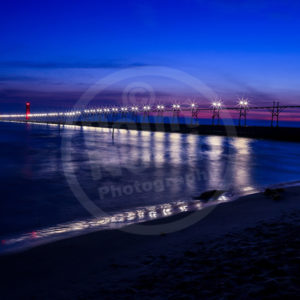 Point North Photography-CAT WALK PIER - GRAND HAVEN, MI