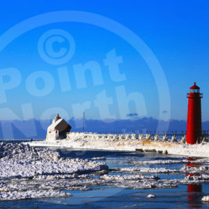 Point North Photography-GRAND HAVEN LIGHTHOUSE WINTER