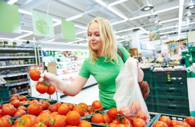 selecting produce, missfit produce, physical therapy mankato