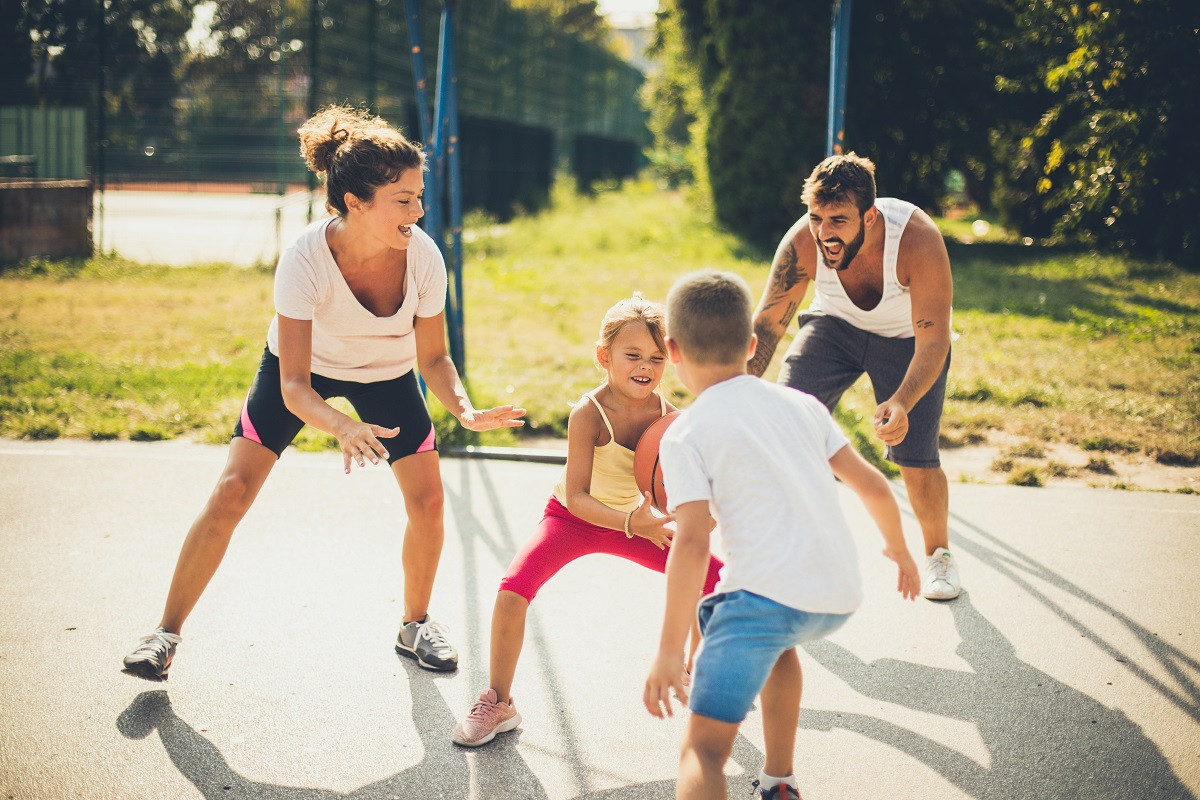 summertime activities, family activities, outdoor exercise, exercise with toddler, physical therapy mankato