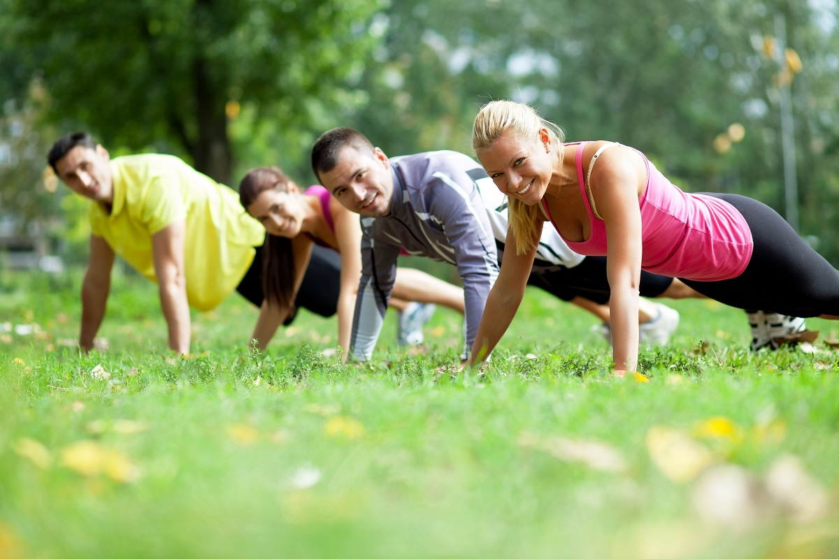 outdoor workout, stay active, parents, quick exercise for parents, movement, physical therapy, mankato, mn