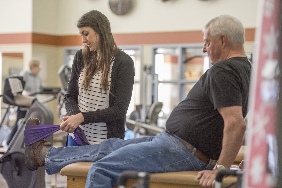 Manage Arthritis with Diet, Exercise & Physical Therapy