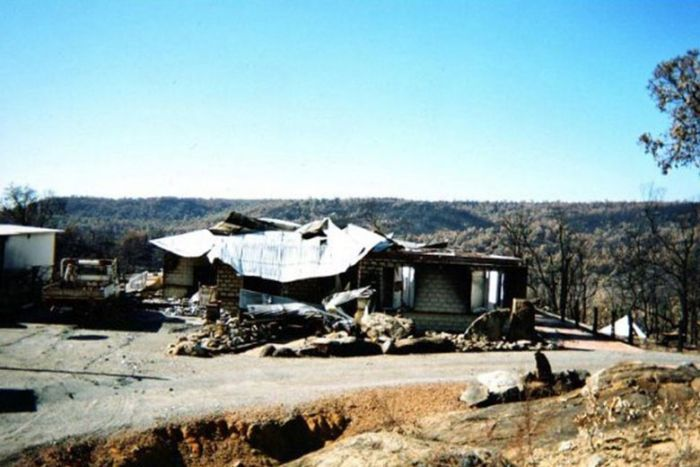 PHOTO: Steve Angel discovered his Dwellingup house was badly underinsured after a bushfire in 2007. (Supplied: Steve Angel)