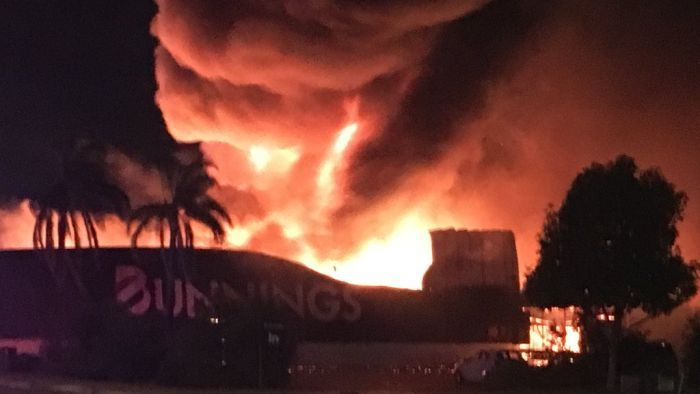 The fire at Bunnings Inglewood 26-02-2018 Source: Twitter
