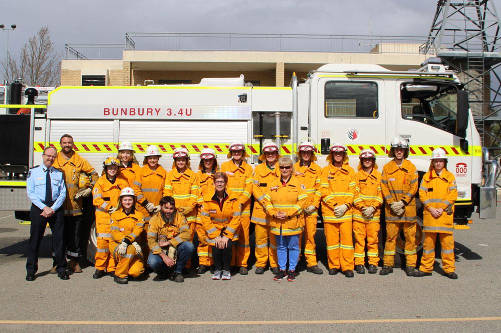 South Western Times: Cadet fireys Sydney bound