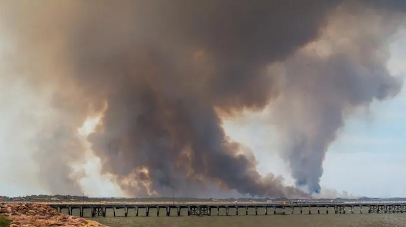 Fires near Esperance in 2015. Credit: WA News, Mogens Johansen, The West Australian