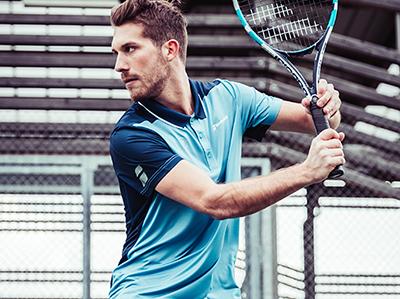 abbigliamento-tennis-uomo-desk
