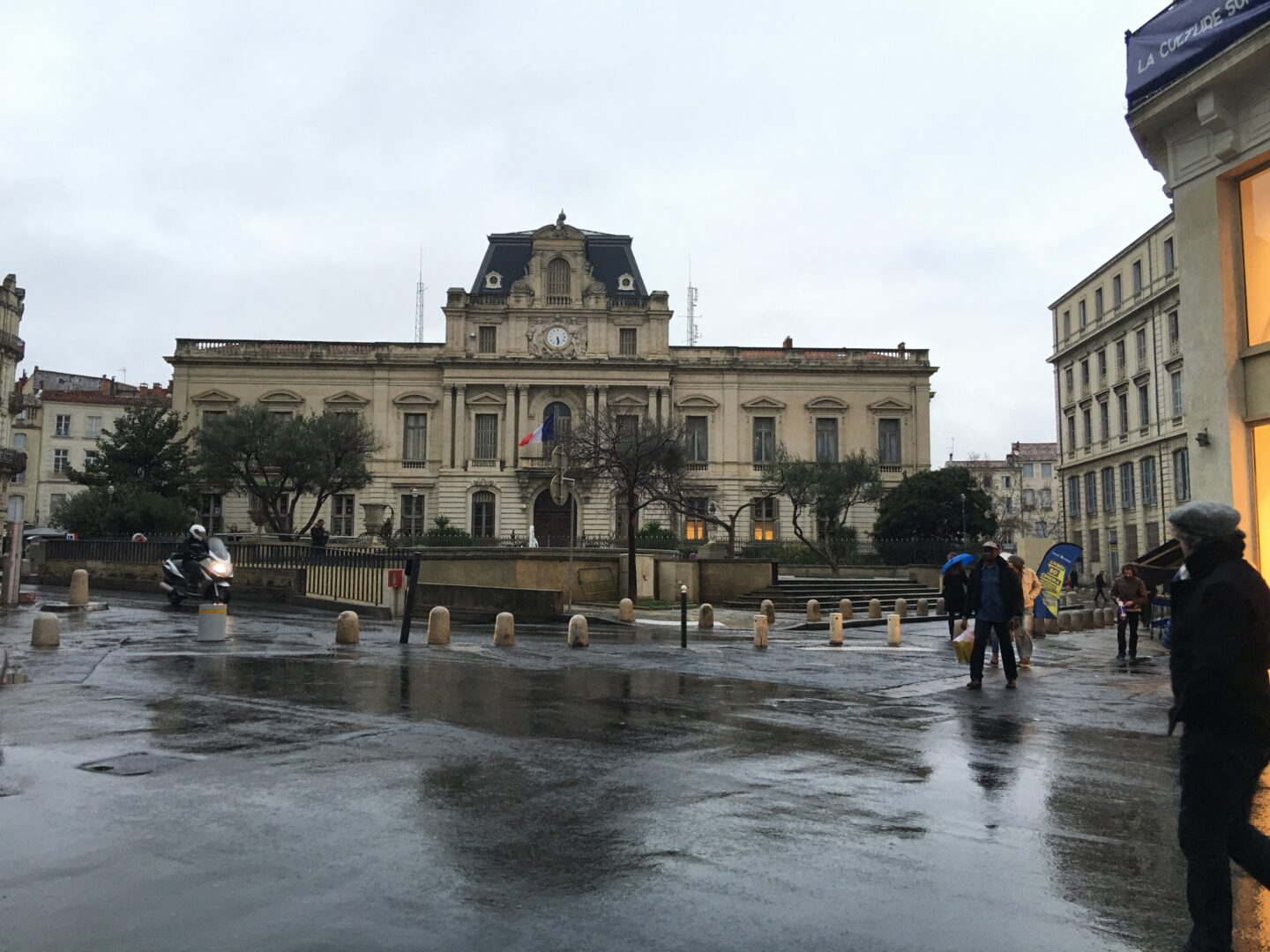 Travel checklist for the South of France Montpellier