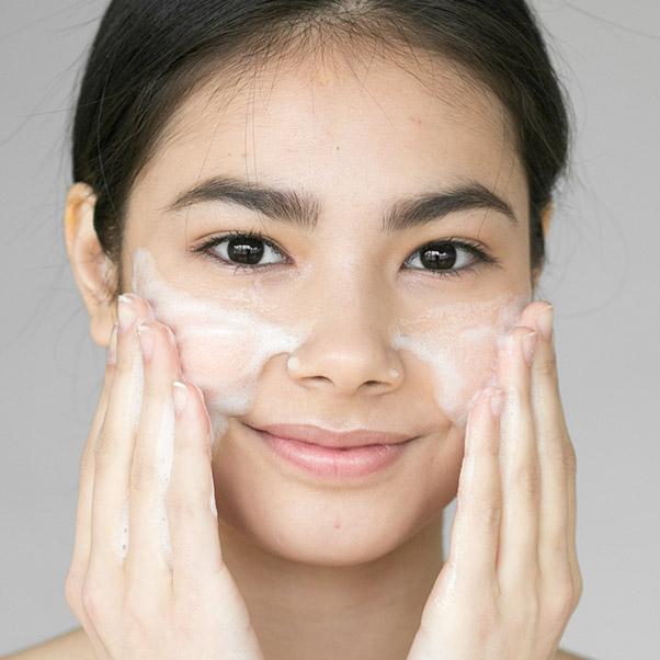 【保養知識】經常去角質肌膚變透亮?粗糙膚觸秒消失?釐清「去角質」迷思,才能讓你膚況好到不科學!