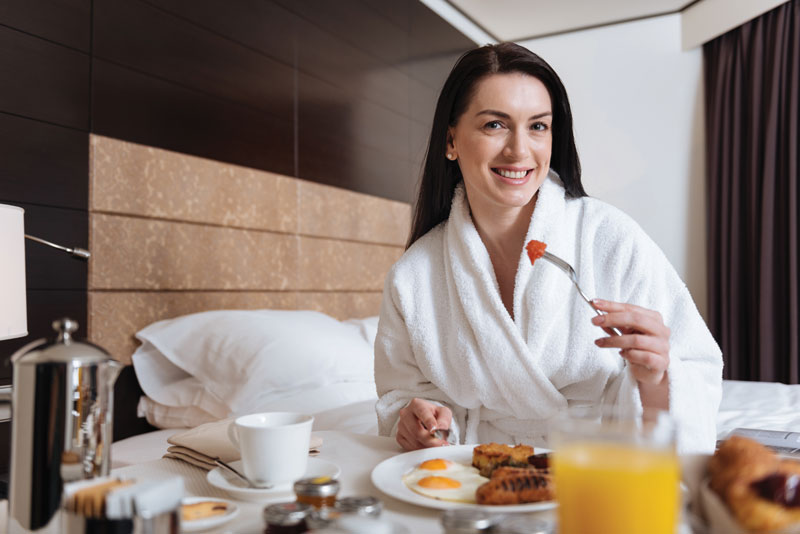Secrets to Eating Healthy on the Road