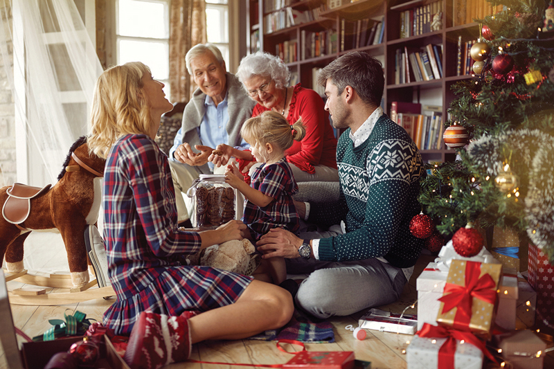 What to Look for When Visiting Older Adults During the Holidays