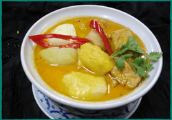 komol-thai-restaurant-chicken-indian-curry