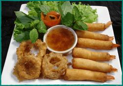 komol-thai-restaurant-goong-hom-sabai