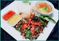 komol-thai-restaurant-lunch-special-chili-mint