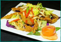 komol-thai-restaurant-soft-shell-crab-salad