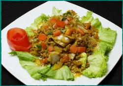 komol-thai-restaurant-spicy-ground-beef-noodle