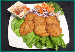 komol-thai-restaurant-tod-mun