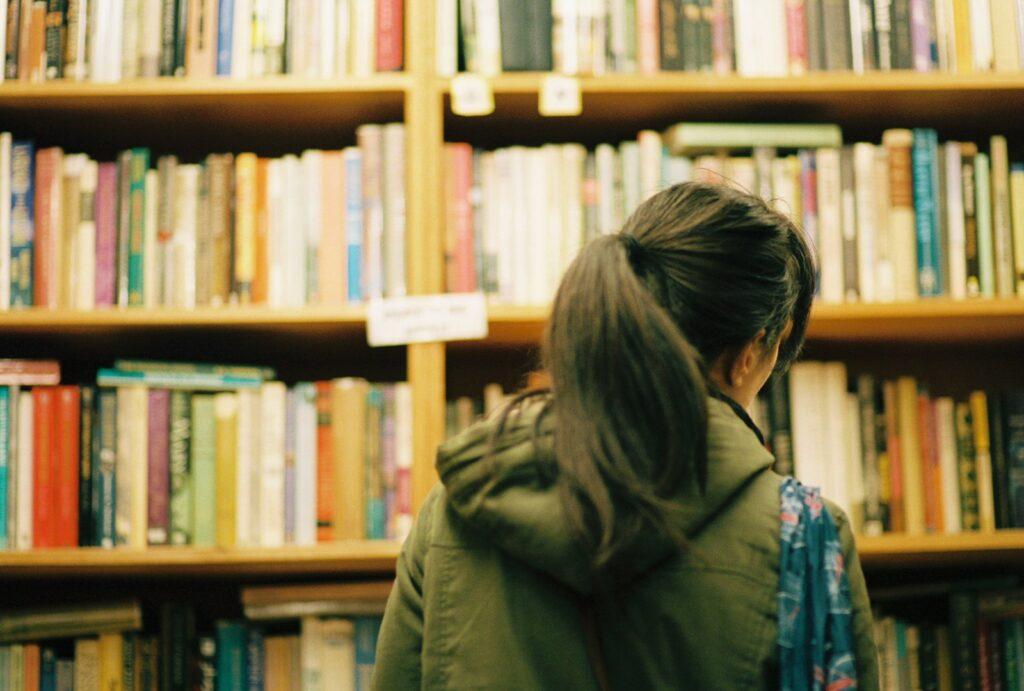 5 Best Indie Bookstores in Boston