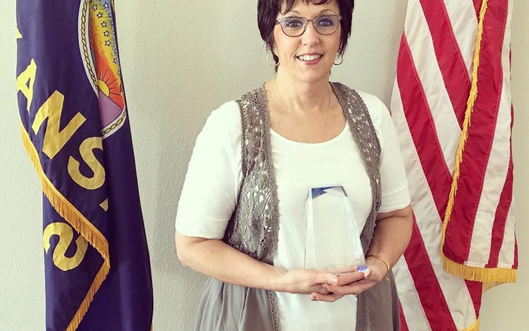 Debbie Cherry Awarded Volunteer of the Year Award