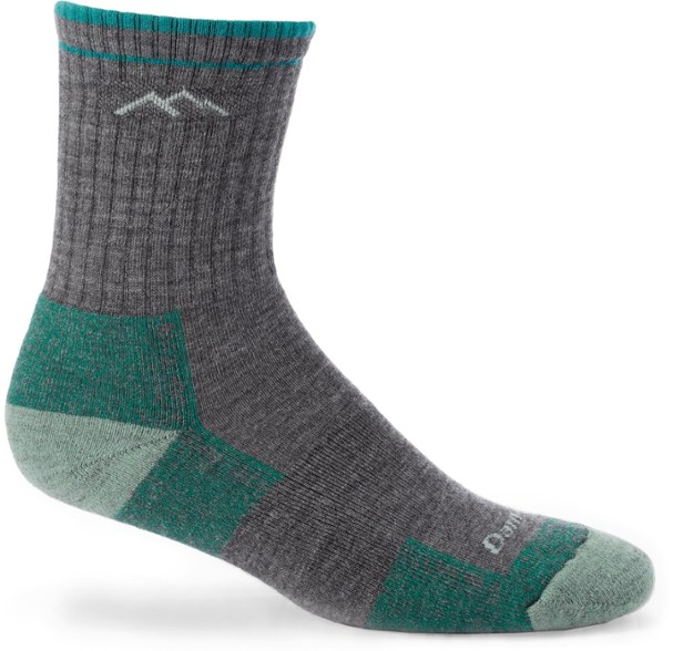 Best Socks for Hiking on Outdoor Adventures