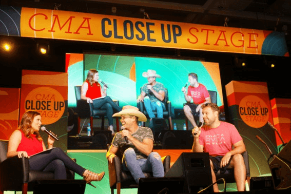 Close Up Stage