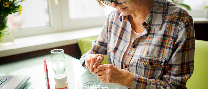 Physical therapists can help arthritis pain sufferers in several ways
