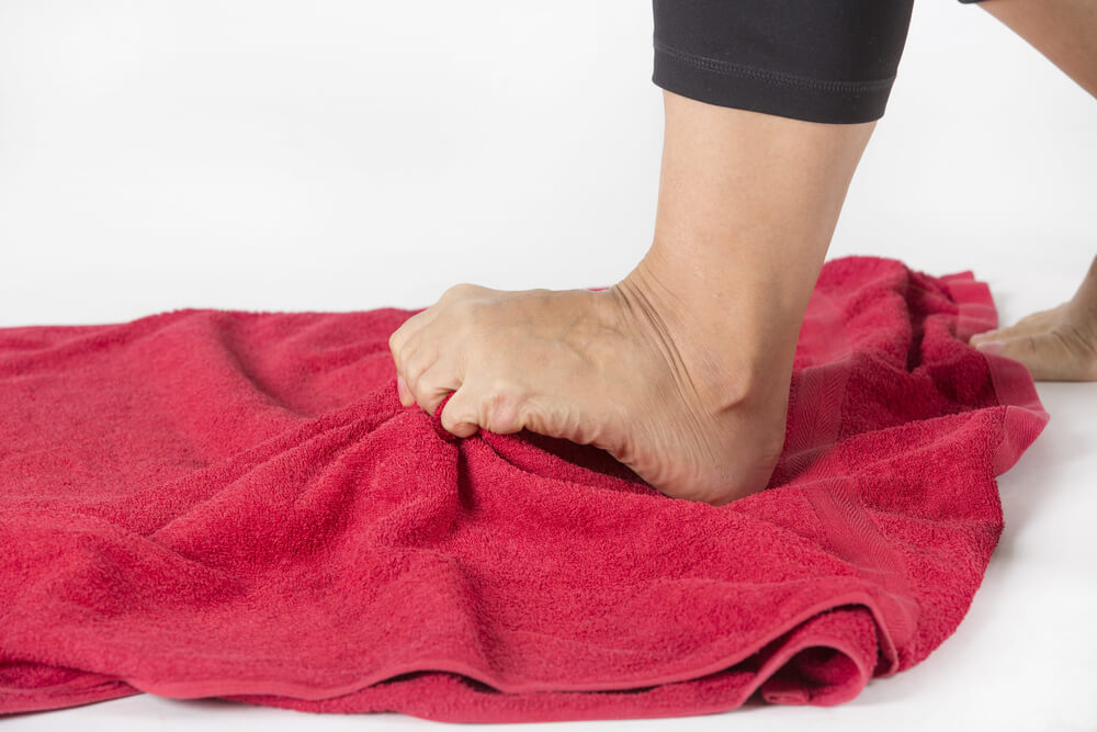 Two ankle pain-reducing exercises to try in Plainwell, MI