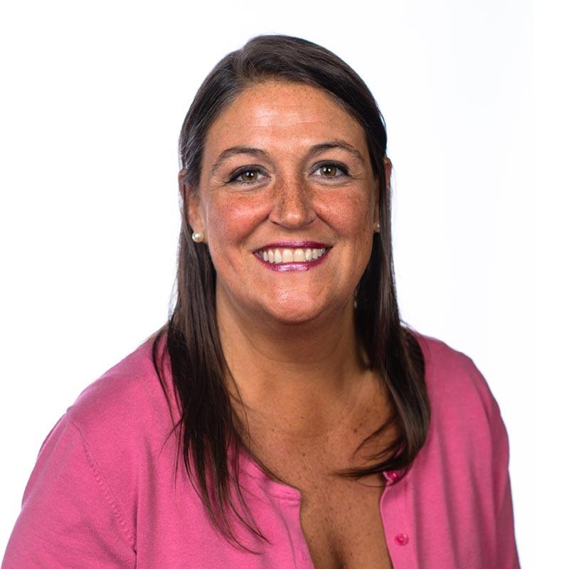 Leslie Schraeder