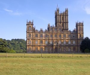 """Walk into the Real """"Downton Abbey"""""""