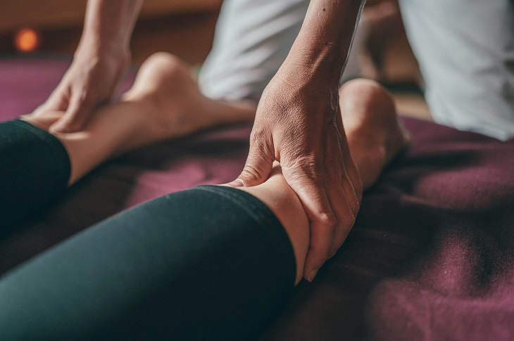 massage for leg pain caused by fibromyalgia