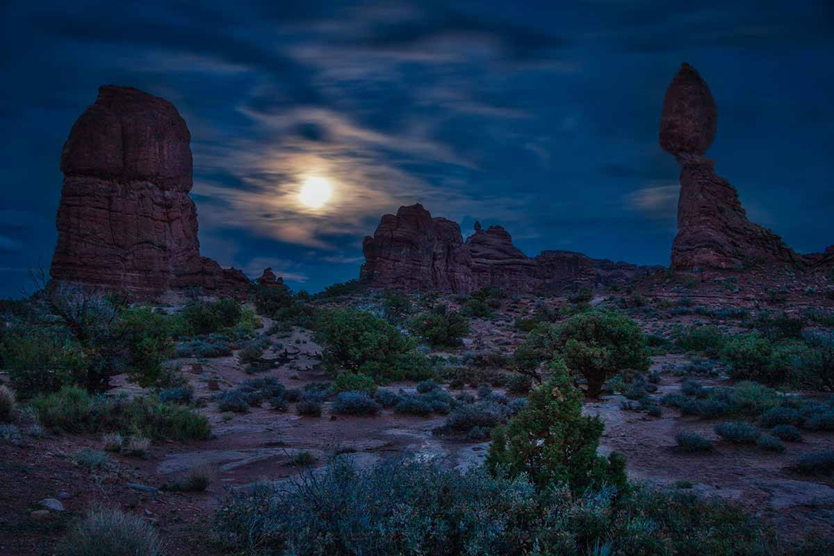 Moonrise - Arches NP  _MG_3201-1200