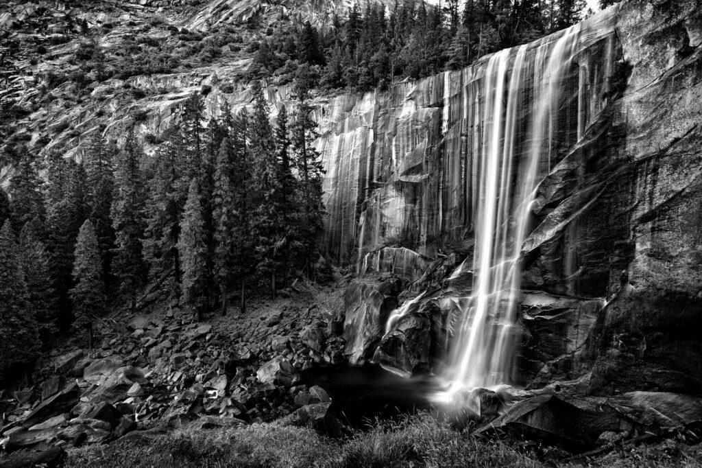 Vernal Falls - Yosemite NP   MG_5778-BW_VernalFalls