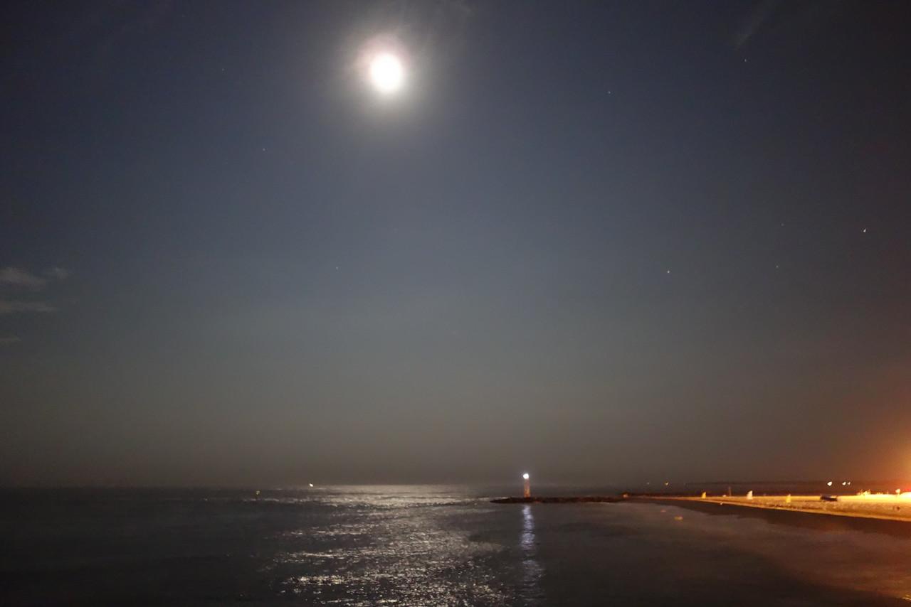 Night off the pier