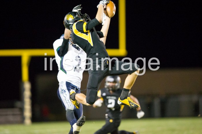 131024_instaimage_Galena High Football_Catch
