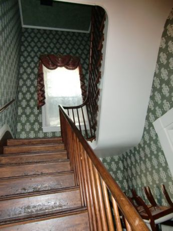Ghostly presences can be felt on the stairs and in a bedroom at Magnolia Manor B&B near Memphis, Tenn.