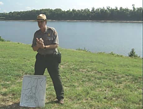 A US park ranger shows and tells visitors the importance of Pittsburg Landing and the strategies attempted during the Shiloh battles