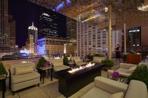 Z bar at Peninsula Chicago (Photo by Neil John Burger)