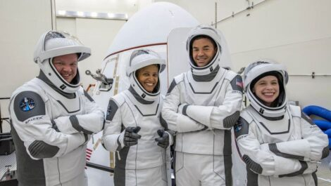 Inspiration4 crew with their Crew Dragon spacecraft.(Photo credit: Inspiration4)