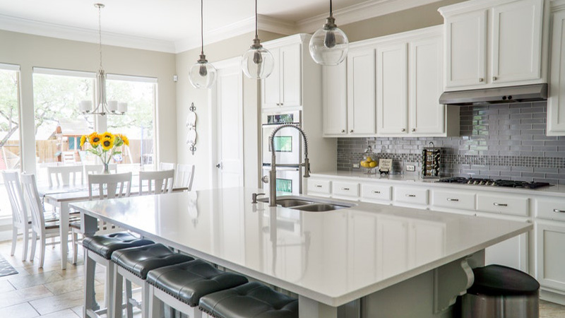kitchen-and-dining-area.jpg