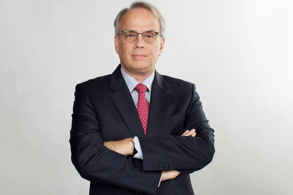 Embaixador Roberto Colin