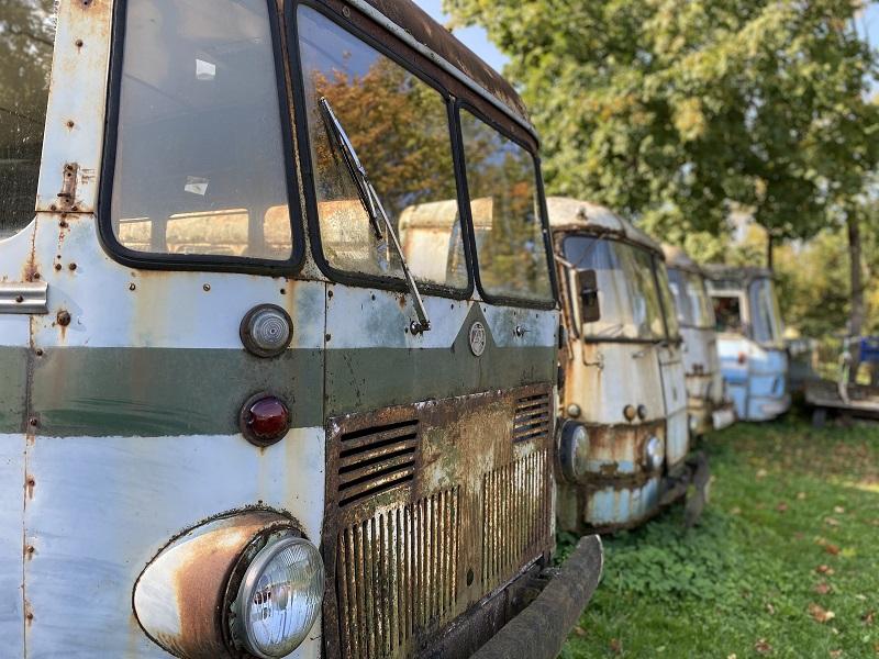 carros sovieticos no Vanatehnika Varjupaik