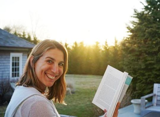 Phoenix AZ area business Zibby Owens – NYC's Most Powerful Book-fluencer