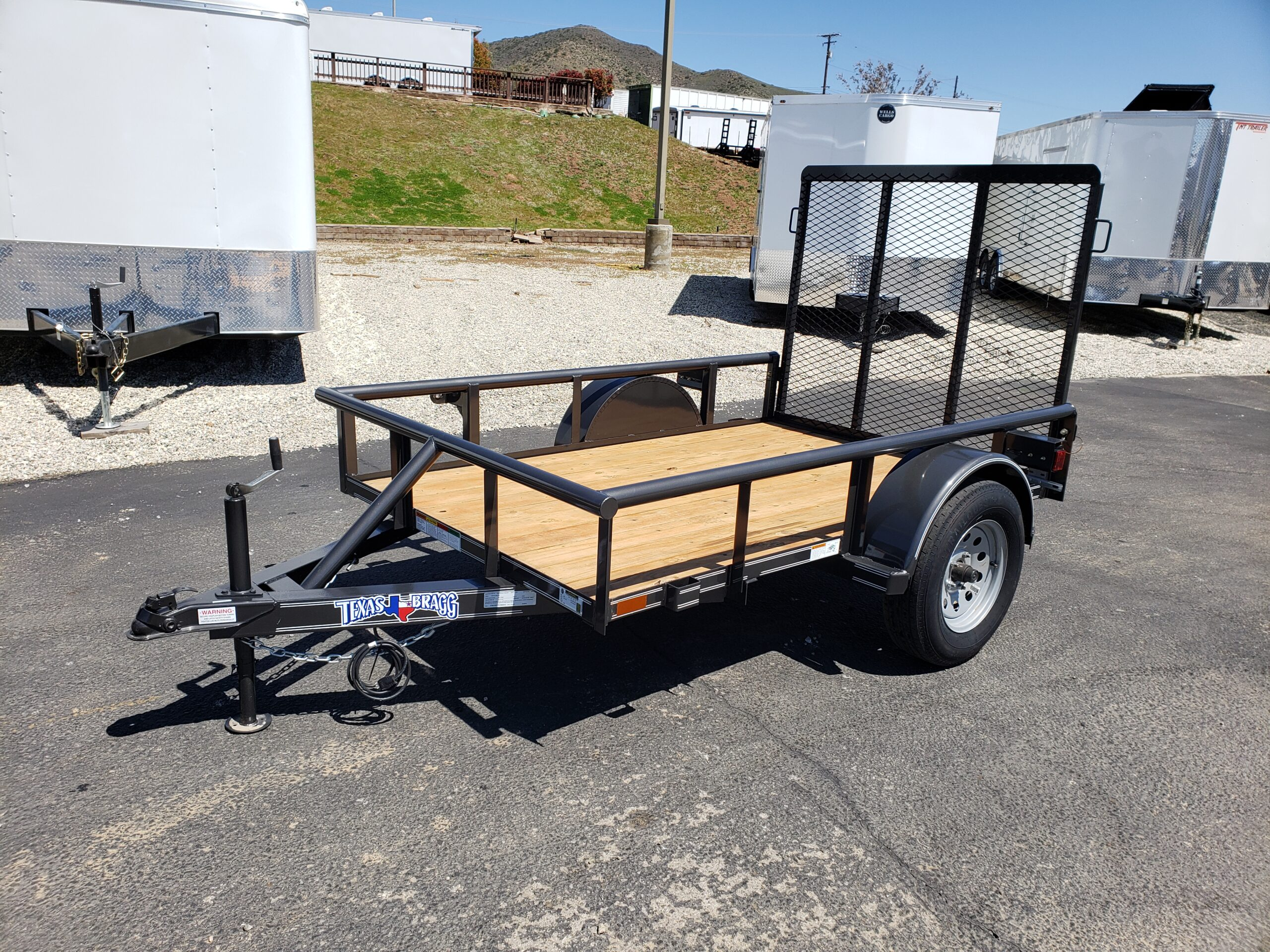 Texas Bragg 5x8 Ramp - Driver side front 3/4 view