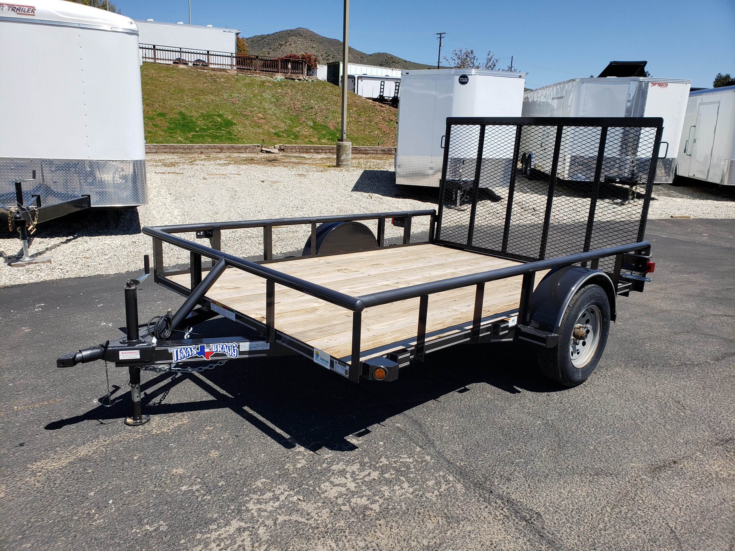 Texas Bragg 7x10 Ramp - Driver side front 3/4 view