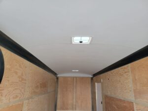 TNT 8.5x24 XCEL V-NoseDLX - View of ceiling liner