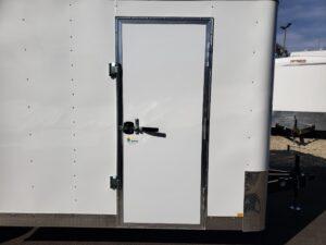 TNT 8.5x20 V-Nose 7K - Looking at side door closed