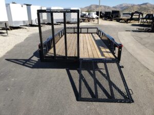 Texas Bragg 16LP SP/TG - Rear view one ramp gate up and one down
