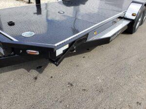 102 Ironworks Eliminator 10K Tilt - View of bed light switch & release handle