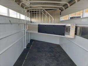 Maverick 3-H Highside DD - Closeup of stall area