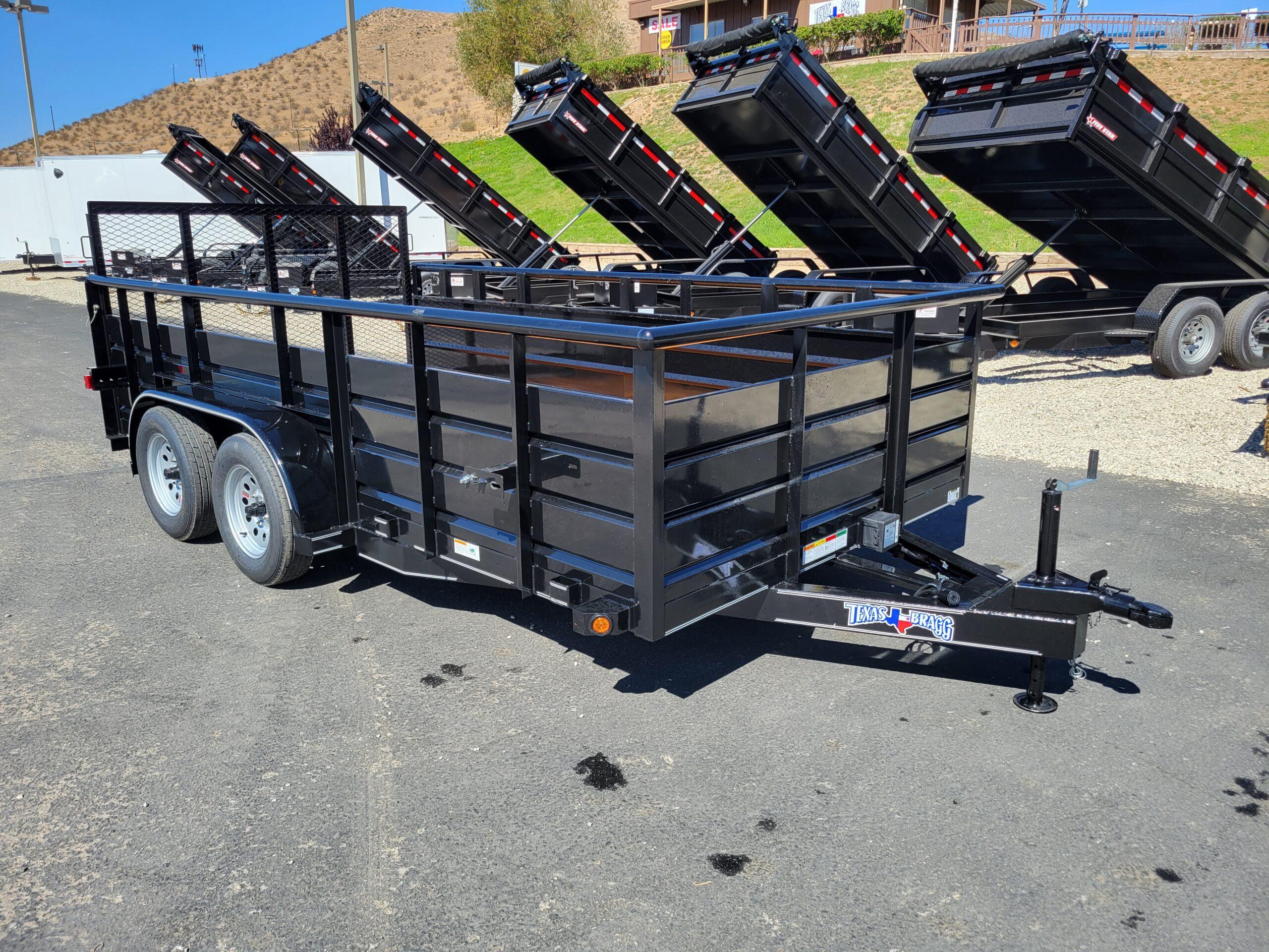 Texas Bragg 7x14 Panelwagon - Passenger side front 3/4 view